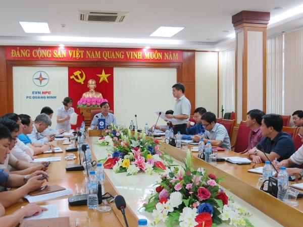 Chủ tịch HĐTV của EVN đến thăm và làm việc tại Công ty Điện lực Quảng Ninh